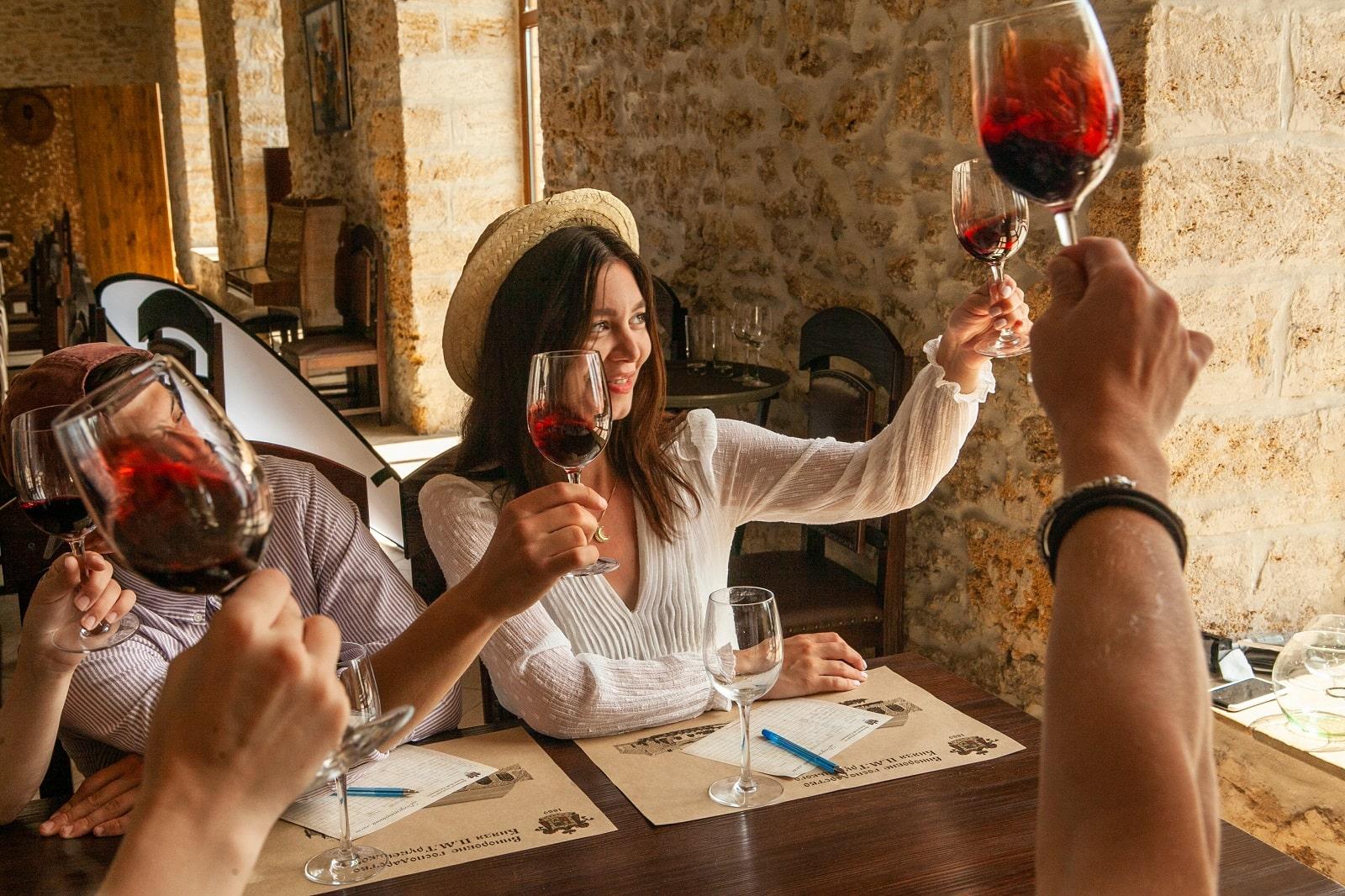 Декантування вина