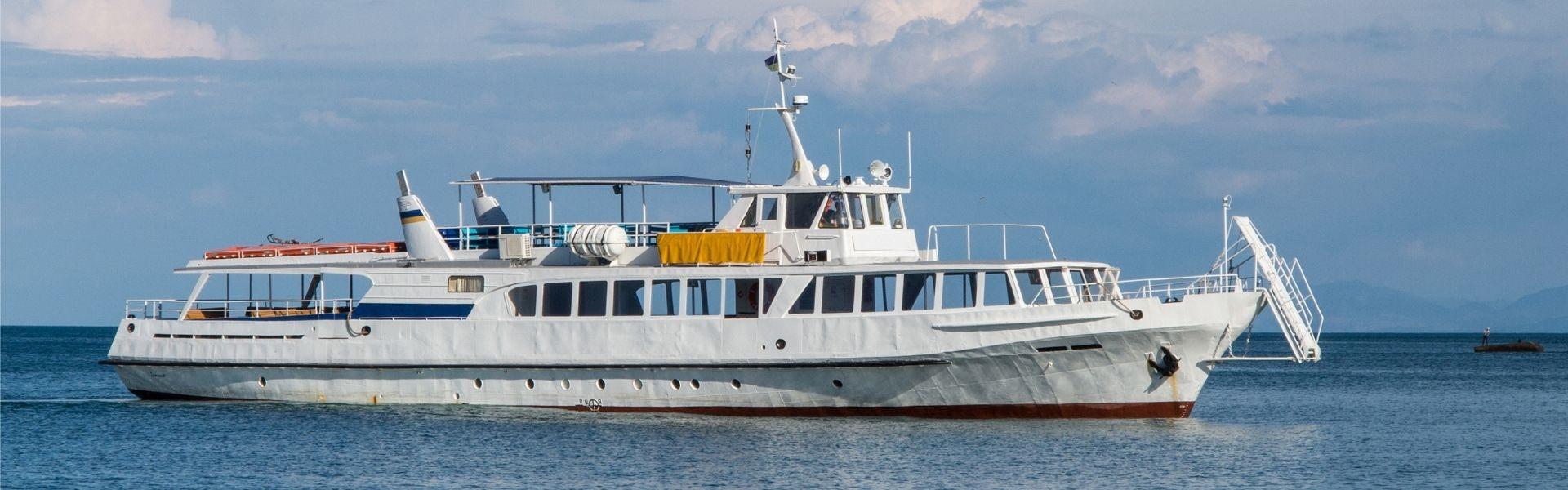 Оренда катера «Сармат-Дніпро» в Херсоні