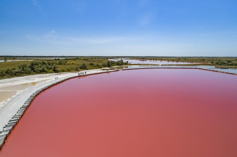 Рожеве озеро, Кінбурнська коса