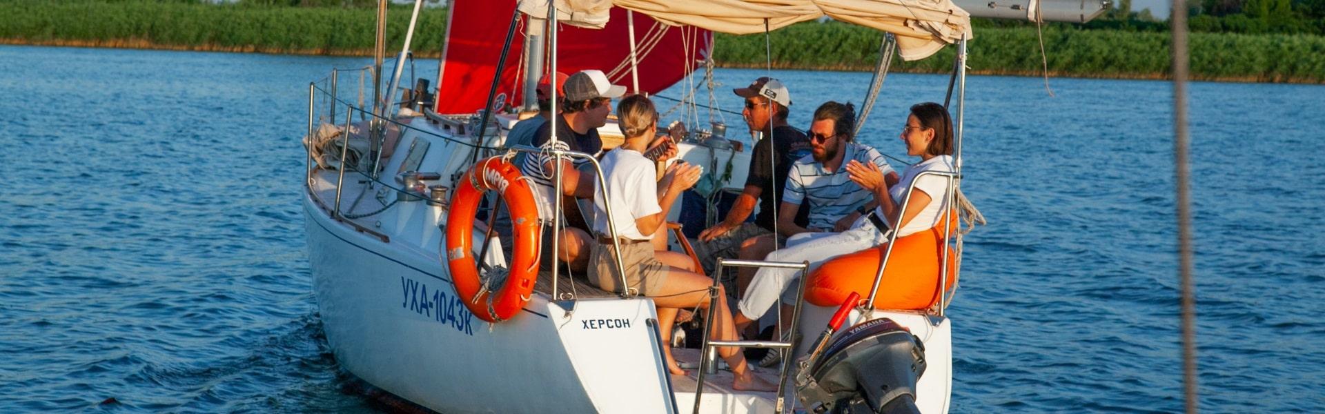 Аренда яхти «Мрия» в Херсоне