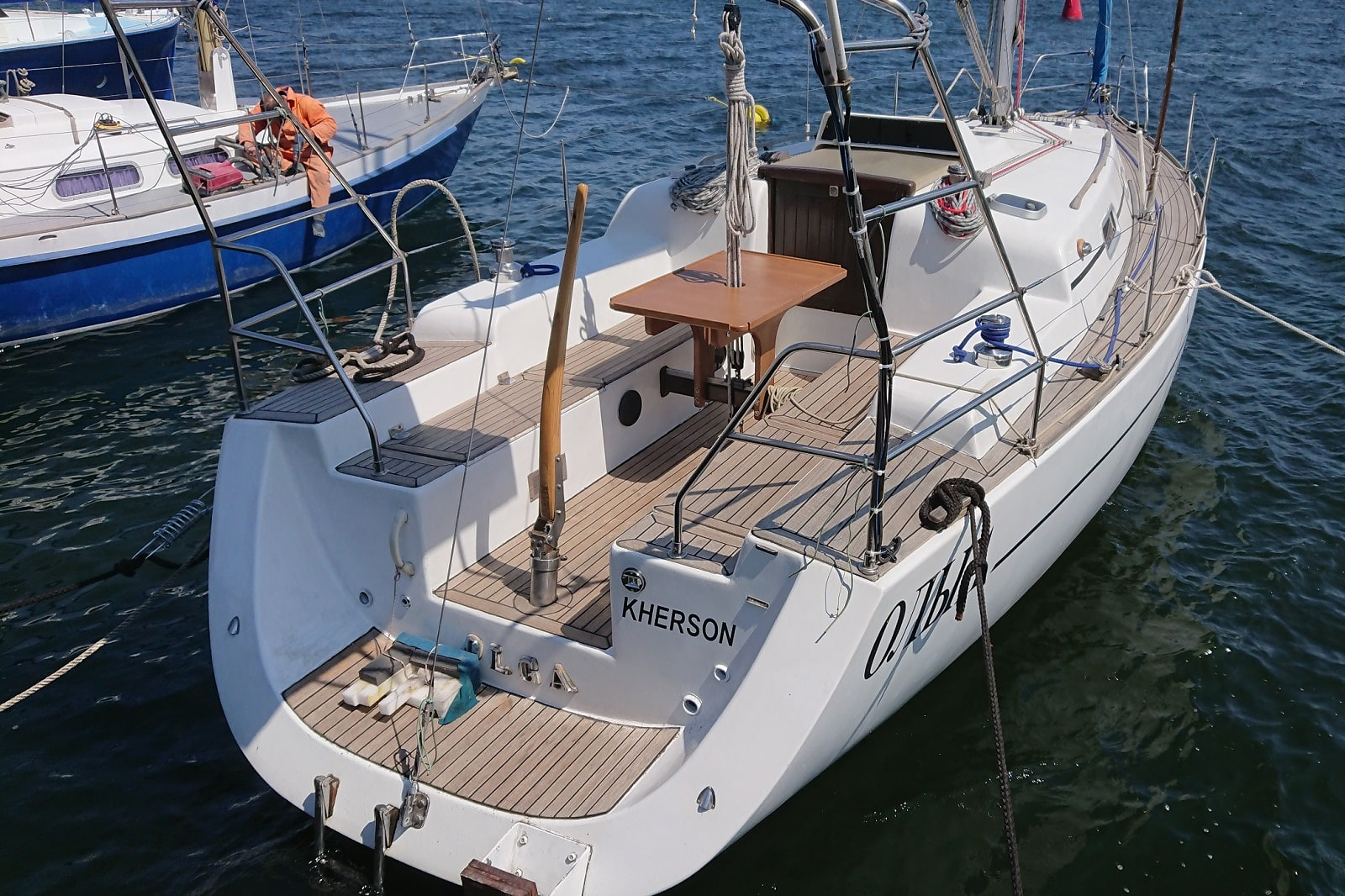 Моторно-парусная яхта Ольга