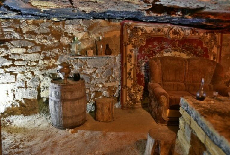 Усередині одеських катакомб