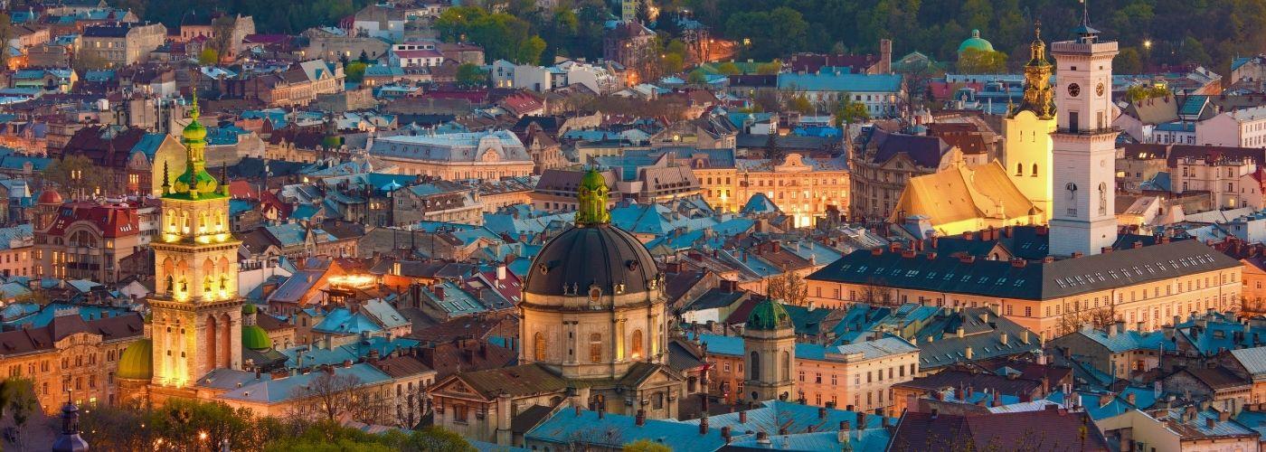 Куда поехать на выходные в Украине: 15 идей для отдыха в Украине