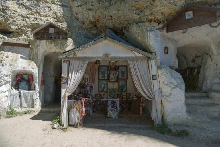 Монастырь в Бакоте