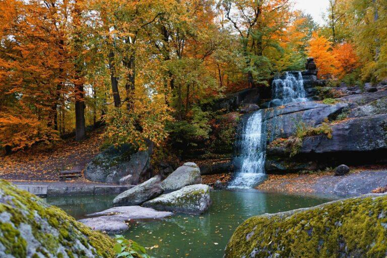 Водопад в «Софиевке»