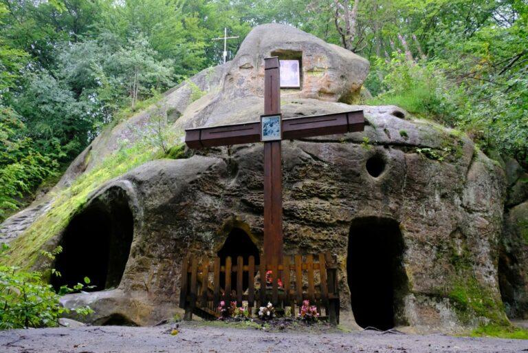 Монастырь в Розгирче