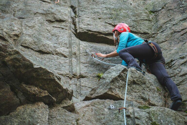 Заняття альпінізмом