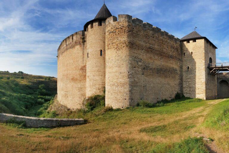 Неприступная крепость