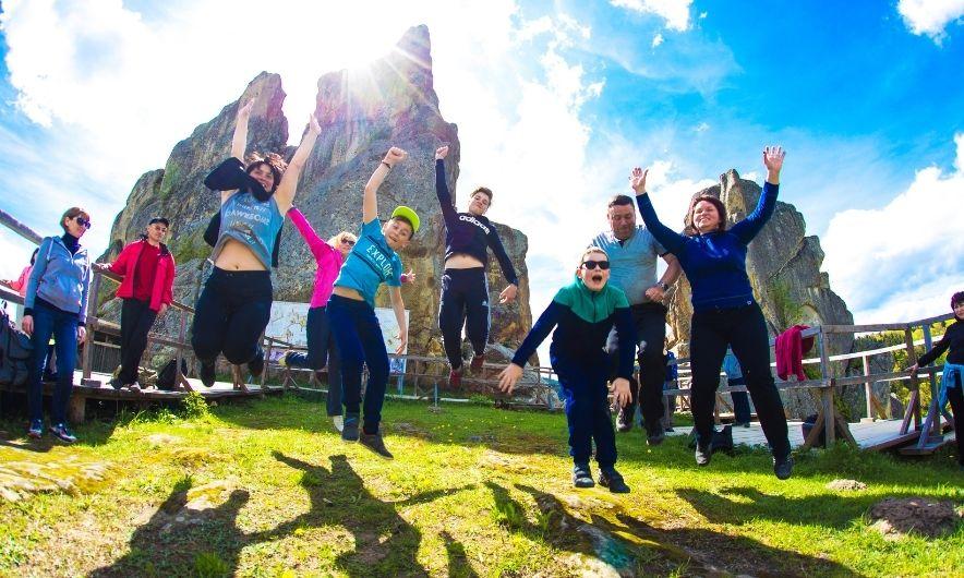 Туристы в Тустани