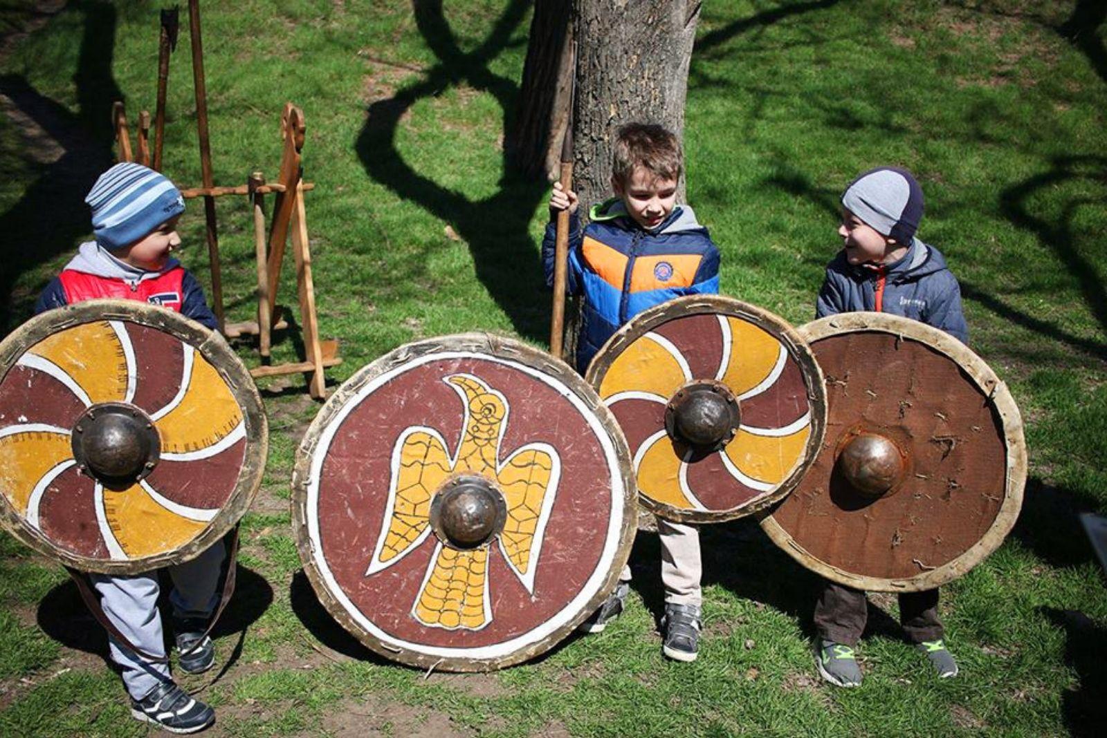 Юные воины