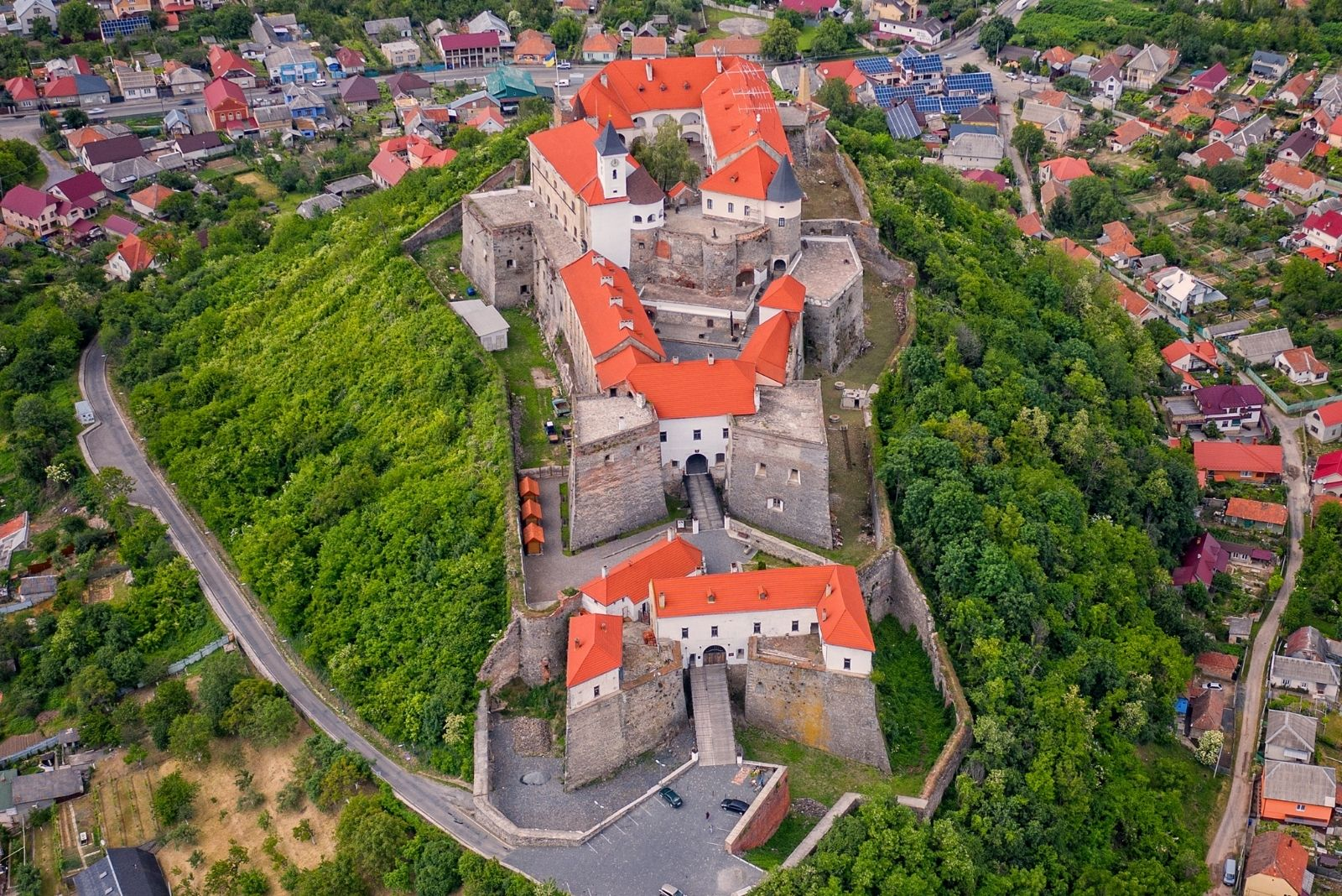 Замок з высоти