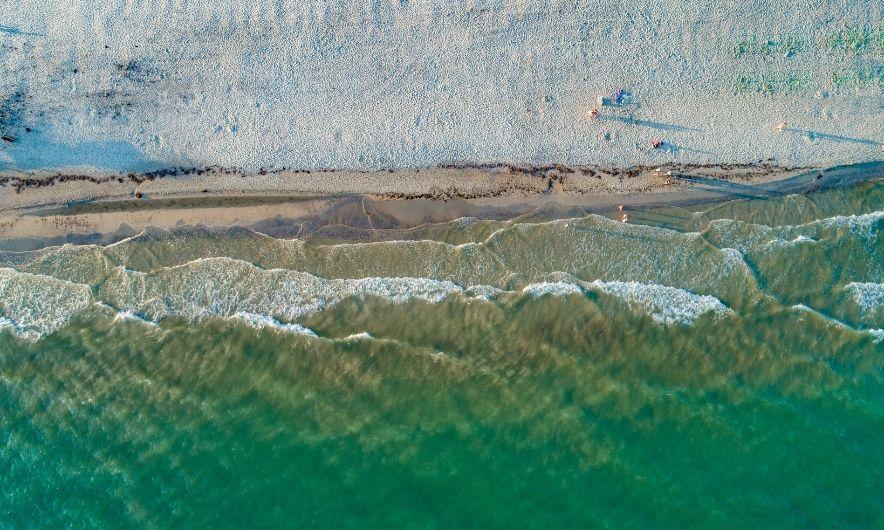 Берег Лазурного моря