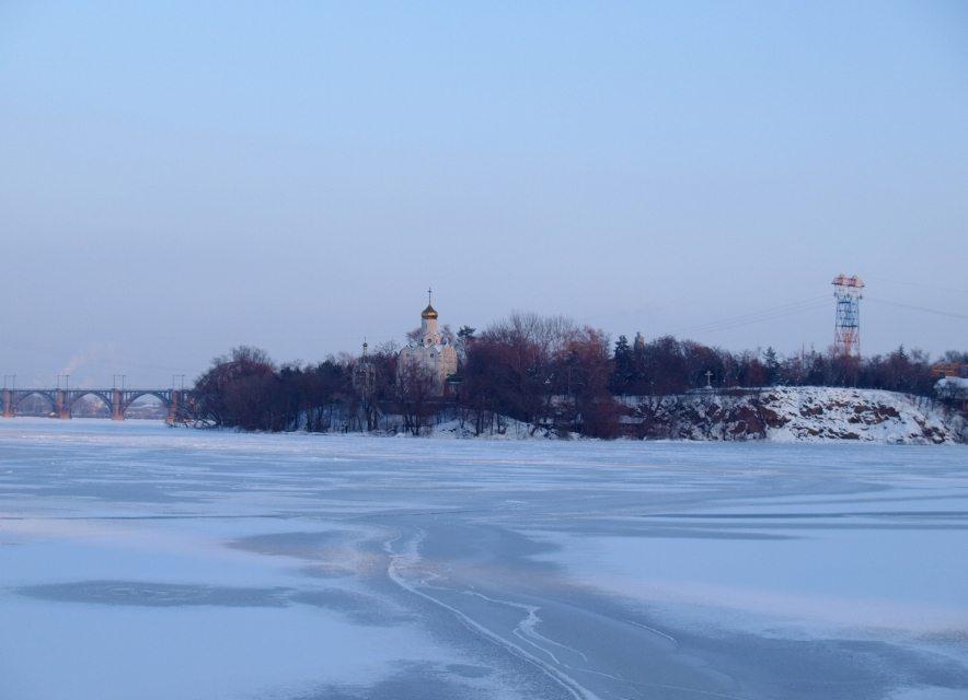 Монастирський острів взимку