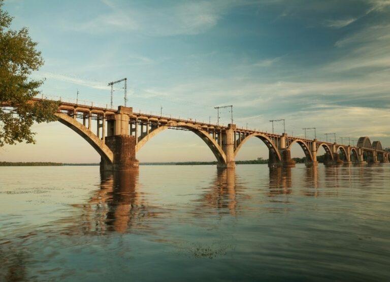 Міст в Дніпрі