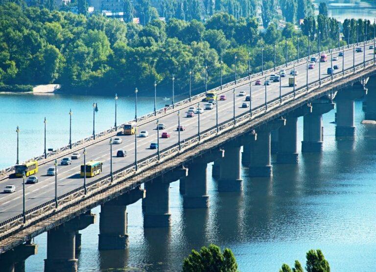 Міст на Київ
