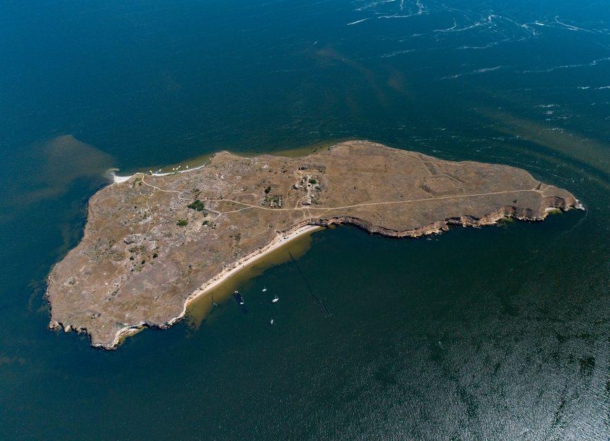 Острів Березань, Україна