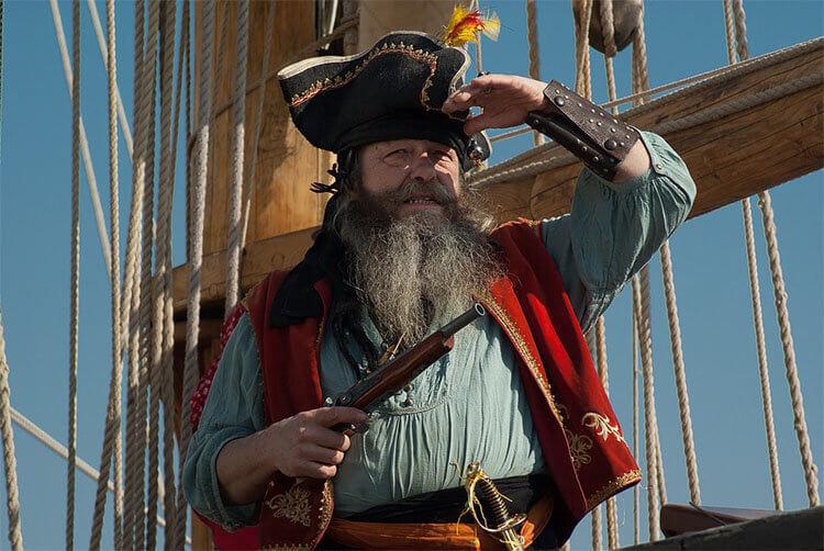 Пираты нападали на корабли
