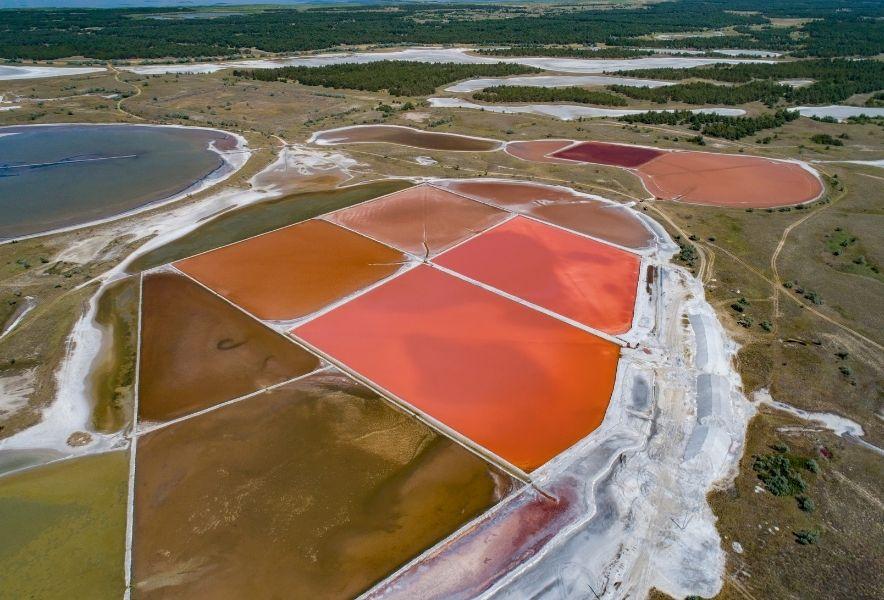 Розовые озера, Кинбурнская коса
