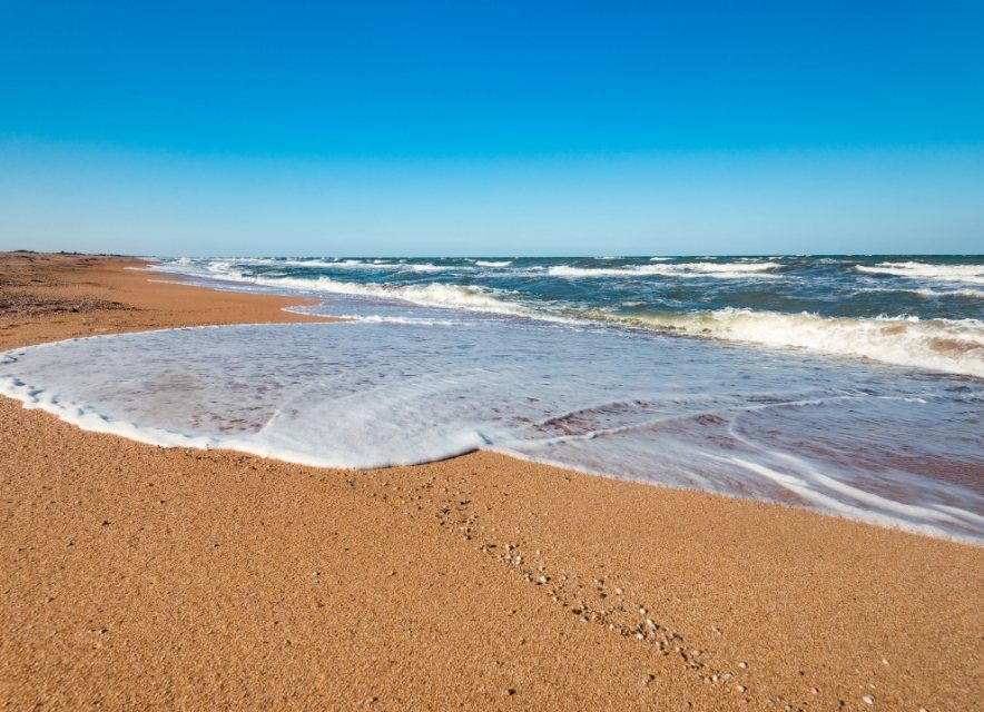 Пляж в Щасливцеве