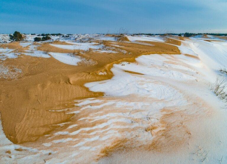 Сніг в пустелі