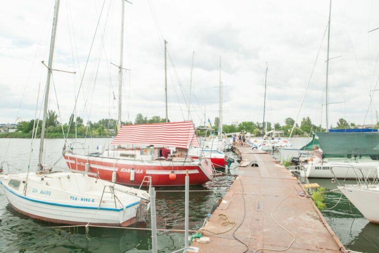 Яхты на Петровце