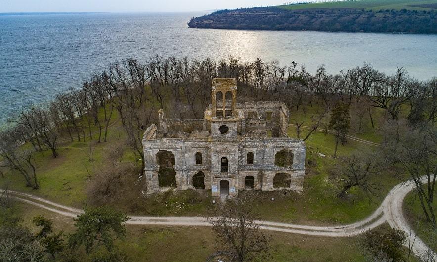 Замок Фальц-Фейна