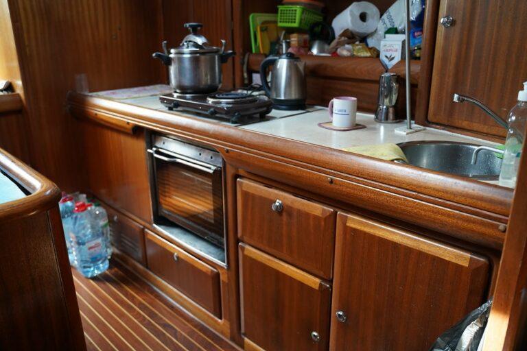 Кухня на яхте