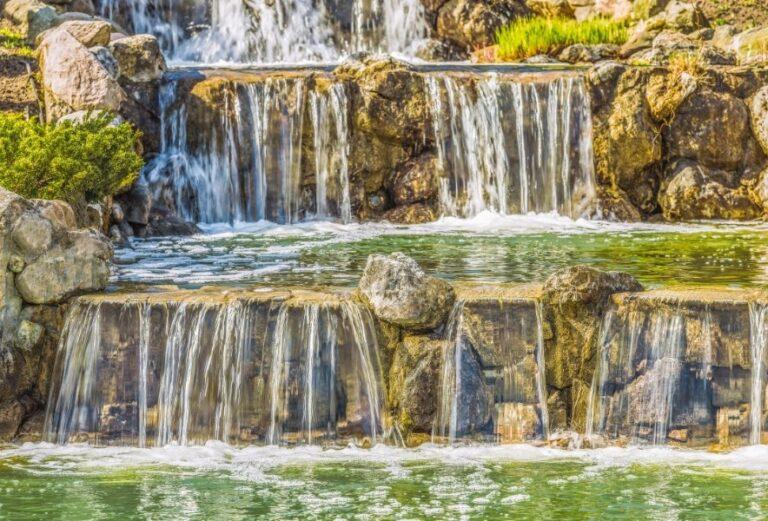Водопады в Межигорье