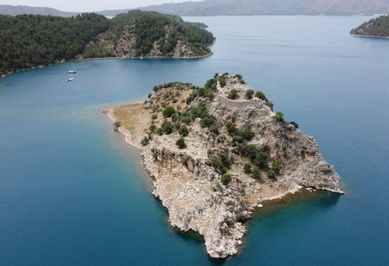 Турецкие острова около Бозбуруна